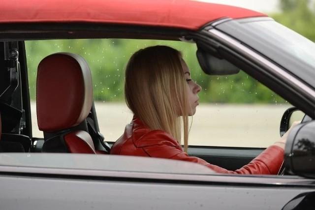 Prawo jazdy w telefonie już za moment. Znamy termin. Konieczna tylko zmiana w ustawie. E-prawo jazdy w 1 połowie 2020 roku