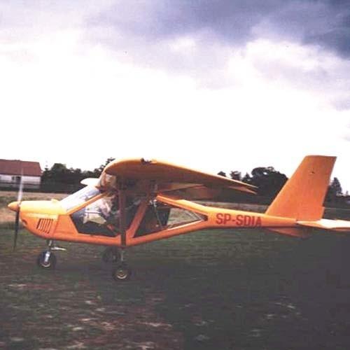 To był aeroprakt - samolot ukraińskiej konstrukcji, tzw. ultralight. Poszukiwania awionetki trwają drugi dzień, na razie bez rezultatu
