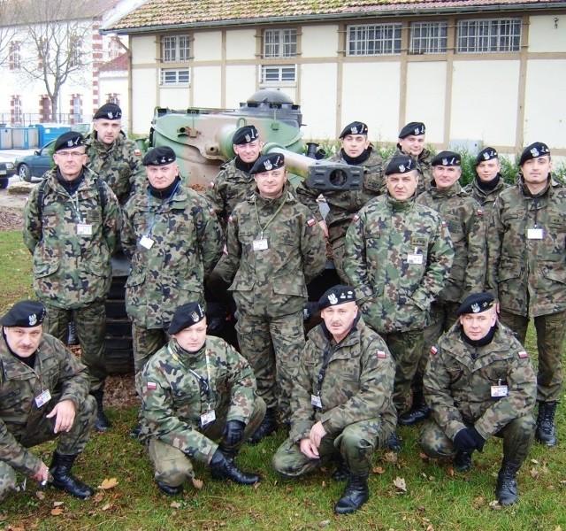 W przygotowaniach do międzynarodowych manewrów bierze udział kilkunastu międzyrzeczan, którzy pod koniec minionego tygodnia zameldowali się w bazie w Mourmelon we Francji.