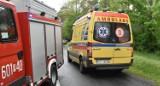 Tragedia w Nochowie pod Śremem. Mężczyzna został porażony prądem. Ratownicy walczyli o jego życie ponad pół godziny