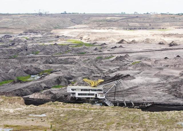 Kopalnia odkrywkowa, źródło węgla zasilającego elektrownię.