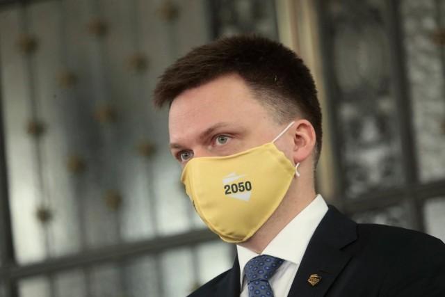 Najnowszy sondaż. Szymon Hołownia liderem zaufania. Za nim prezydent Andrzej Duda oraz premier Mateusz Morawiecki