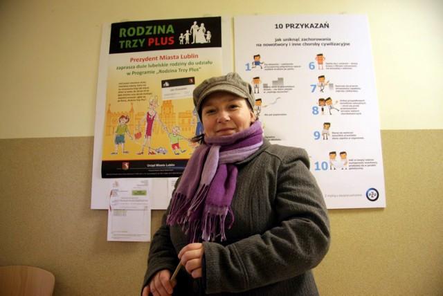 """Joanna Guz, matka czwórki dzieci, złożyła wczoraj wniosek o wydanie karty """"Rodzina Trzy Plus"""". - Najbardziej zależy mi na bezpłatnej wejściówce na basen dla mojego niepełnosprawnego dziecka - mówi"""