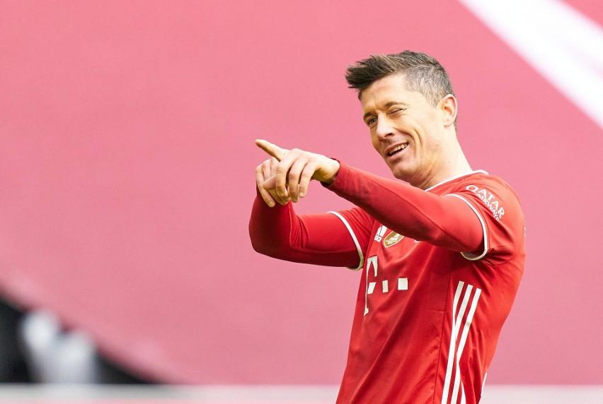 Bayern Monachium podał cenę za Roberta Lewandowskiego. Angielskie kluby wciąż zainteresowane Polakiem. A Zahavi dzwoni do Pereza