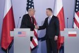 TRUMP W POLSCE: NA ŻYWO Donald Trump na pl. Krasińskich