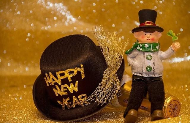 Życzenia na Nowy Rok 2018 Życzenia noworoczne, wierszyki na Nowy Rok gotowe do wysłania w SMS
