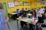 Nowa propozycja PiS: Wcześniejsze emerytury dla nauczycieli w zamian za wyższe pensum