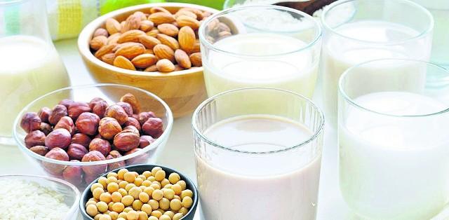 Masę, która pozostanie nam po wyciśnięciu tego rodzaju mleka, możemy spożytkować jako farsz, zagęstnik do zup i sosów lub dodatek do ciast