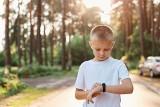 Czy dzieci powinny liczyć kroki, czyli jak nauczyć ich dobrych nawyków przy pomocy smartwatcha
