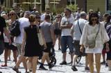 Rząd łagodzi kolejne obostrzenia. Mniejszy dystans społeczny, wiecej kibiców na stadionach i uczestników targów