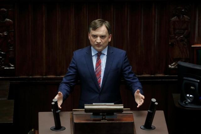 Zbigniew Ziobro nie zgadza się na powiązanie wypłaty funduszy UE z praworządnością. Zdaniem ministra sprawiedliwości to byłby dyktat