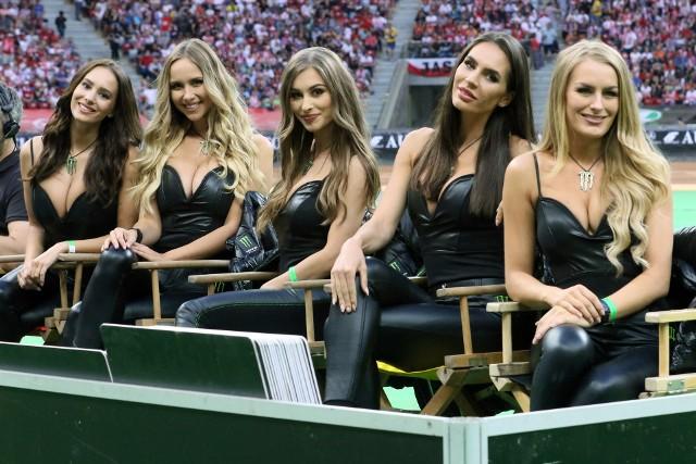 Turniej o Grand Prix Polski w Warszawie rozpoczął tegoroczny cykl Grand Prix. Razem z zawodnikami, wróciły Monster Girls - piękne dziewczyny, które towarzyszą żużlowcom od lat. Zobaczcie, jak prezentowały się na PGE Narodowym >>>