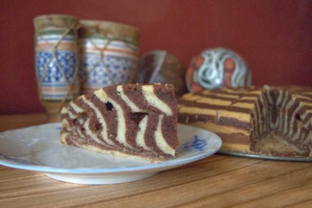 """Dwukolorowe, łatwe ciasto """"zebra"""". Zobaczcie przepis!"""