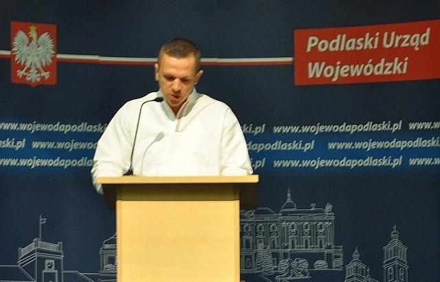 Raper Lukasyno na gali w Podlaskim Urzędzie Wojewódzkim