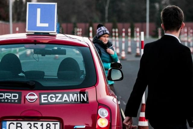 Zdany egzamin na prawo jazdy nie gwarantuje nauczenia bezpiecznej i pewnej jazdy
