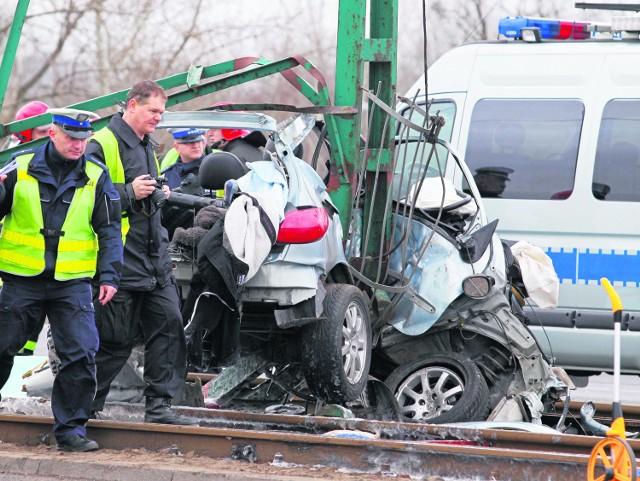 W województwie śląskim w ubiegłym roku nietrzeźwi kierowcy spowodowali 270 wypadków. Zginęło w nich 12 osób, a 373 zostały ranne. Ich obrażenia często skutkują trwałym kalectwem