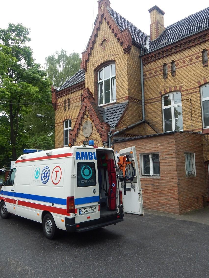 Zarząd krośnieńskiego szpitalu zamierzał oszczędzać na... karetkach. Zamiast dwóch, miała funkcjonować tylko jedna.