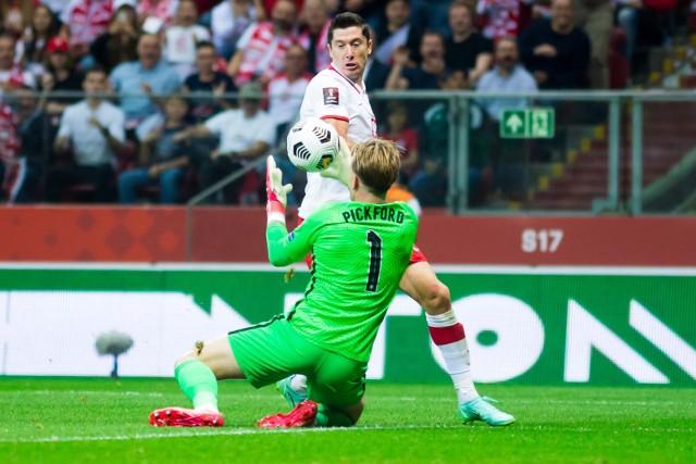 W klubach jak w reprezentacji Polski, jest tylko Lewandowski, czyli jak grali napastnicy kadry?