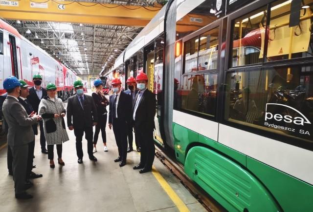 Pesa wygrała przetarg na dostawę 16 tramwajów dla Iasi w 2020 roku. Produkcja pojazdów trwa, a pierwszy Swing jest już gotowy i rozpoczął testy homologacyjne.