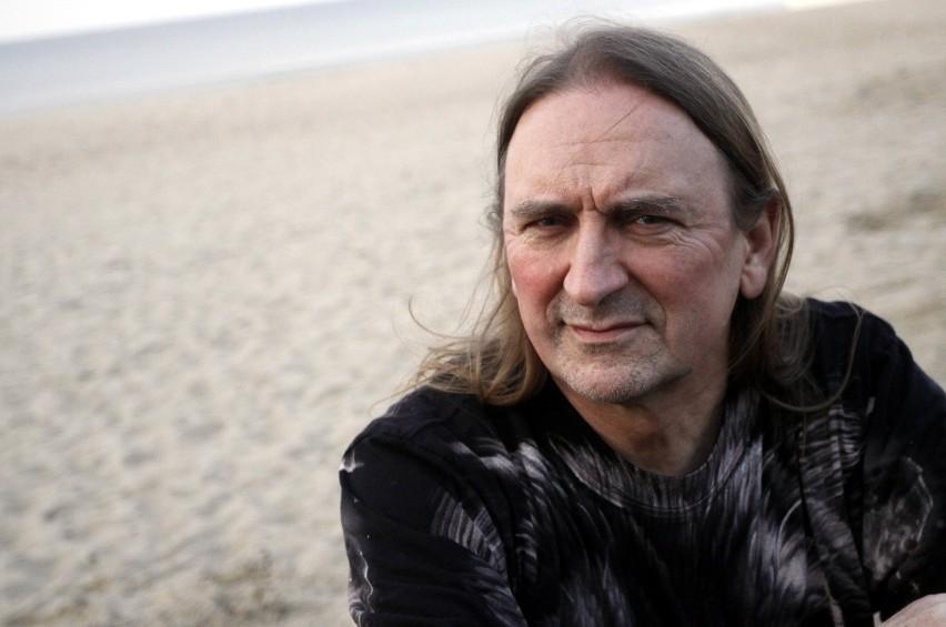 Marek Piekarczyk tym razem przedstawi akustyczne wersje swych piosenek.