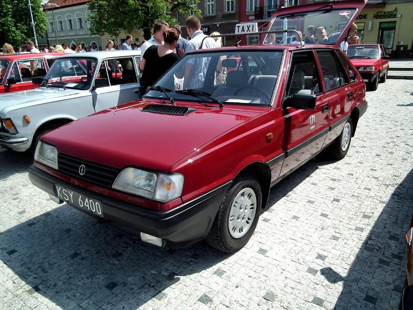 Najczęściej kupowane nowe auto: Polonez Caro...