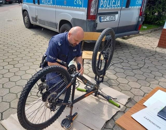 W Komisariacie Policji w Kcyni rower oznakujemy 14 lipca. W Osielsku dzień wcześniej