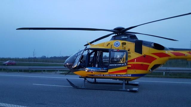 Śmiertelny wypadek na A2 miał miejsce w sobotę, po godz. 14. Na wysokości miejscowości Mamień, samochód osobowy podążający w kierunku Poznania, w pewnym momencie uderzył w bariery energochłonne.