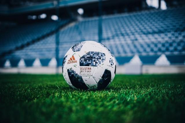 Telstar 18 - nowa oficjalna piłka LOTTO Ekstraklasy