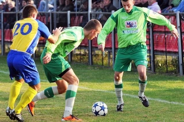 Piłkarze z Targowisk przez trzy sezony grali w III lidze. Nie spadli, ale zrezygnowali przez problemy organizacyjne.
