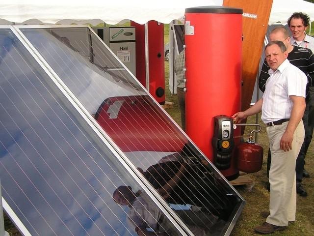Unijne regulacje zobowiązują Polskę do osiągnięcia 15-proc. udziału energii wytworzonej w źródłach odnawialnych w sprzedaży energii ogółem do roku 2020. Aleksander Szopa, prezes Miasteckiego Towarzystwa Gospodarczego wierzy, że Miastko stanie się zieloną gminą.