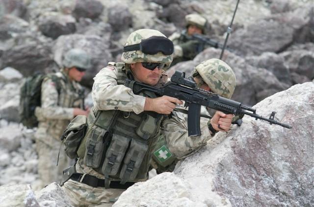 """W 2012 roku zdjęcia do serialu """"Misja Afganistan"""" kręcono w kamieniołomach w Piechcinie"""