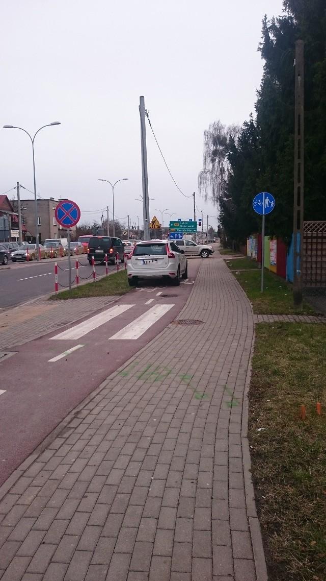 Parkowanie na chama w Białymstoku.