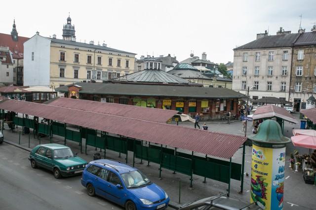 Zakończył się pierwszy etap konsultacji społecznych, dotyczących tego, jak ma wyglądać po przebudowie plac Nowy. Teraz powstanie kilka wariantów zagospodarowania tego reprezentacyjnego miejsca na krakowskim Kazimierzu.