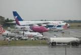 Zawieszeni piloci Eurolotu! Pomylili pasy startowe