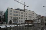 Gmach Urzędu Marszałkowskiego w Szczecinie coraz bardziej widoczny. Trwa budowa w centrum miasta. Zobacz ZDJĘCIA