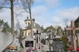 Parafia Wszystkich Świętych. Prawosławni odwiedzają groby bliskich w trzeci dzień Wielkanocy (zdjęcia, wideo)