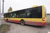 Puste autobusy i chaos po zamknięciu cmentarzy ZDJĘCIA
