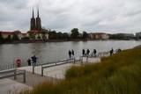 Wezbrane wody płyną przez Dolny Śląsk. Czy jesteśmy bezpieczni?