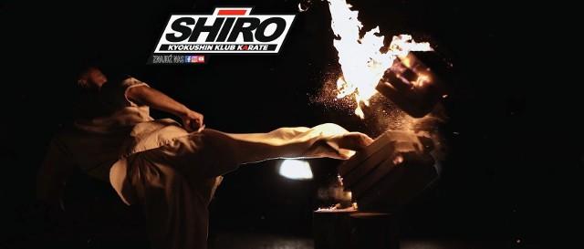 Klub karate SHIRO otwiera nową grupę treningową w Białogonie. Pierwsze zajęcia odbędą się 5 października (poniedziałek) o godzinie 18 w Szkole Podstawowej numer 20, ulica Górników Staszicowskich 22a.