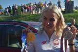 Justyna Święty-Ersetic w Raciborzu powitana królewsko. Złotą i srebrną medalistkę z Tokio przywitano na stadionie