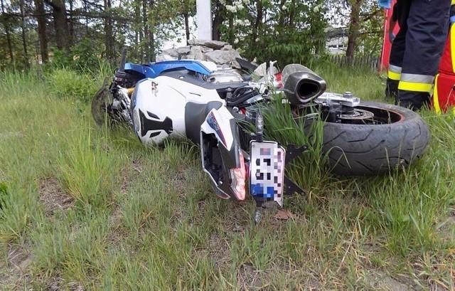 Do wypadku doszło 10 maja 2020 roku w Jaworzniku w powiecie myszkowskim Zobacz kolejne zdjęcia. Przesuwaj zdjęcia w prawo - naciśnij strzałkę lub przycisk NASTĘPNE
