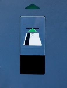 Średnia europejska wynosi 850 bankomatów, w Polsce – połowę mniej
