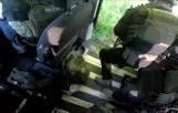 CBŚP rozbiło gang handlarzy bronią. Na Śląsku w akcji brali udział kontrterroryści