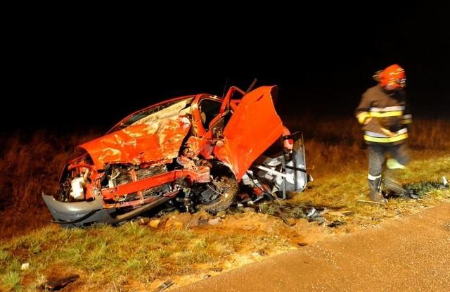 Wypadek pod KobylankąDwie osoby zostaly ranne w wypadku na obwodnicy Kobylanki.