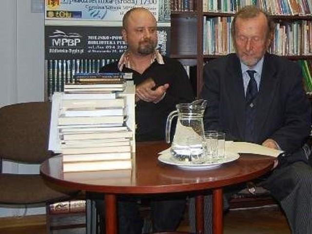 W poprzednich edycjach konkursu jurorami byli m.in. - Gabriel Michalik i Ernest Bryll