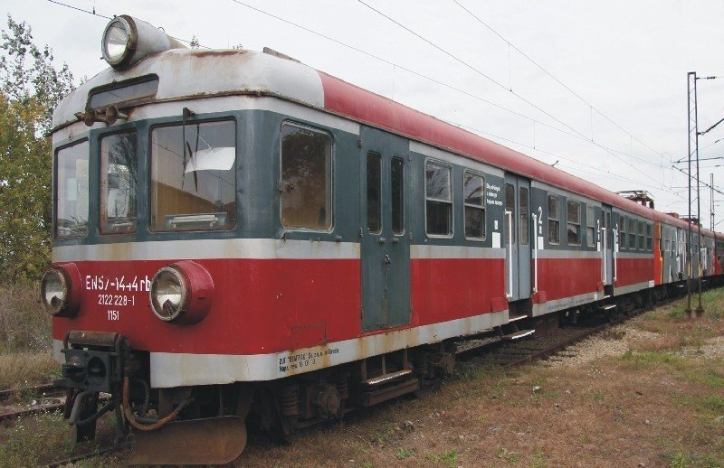 Przewozy Regionalne Wystawiły Na Allegro Prawdziwy Pociąg Stoi W