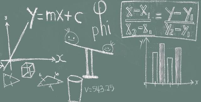 Próbny egzamin ósmoklasisty 2021 z matematyka. Arkusz pytań i odpowiedzi. Zobacz odpowiedzi na kolejnej stronie.