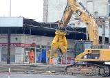 Wyburzają zadaszenie peronów na dworcu Łódź Fabryczna