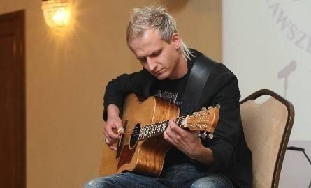 W piątek w Busku odbędzie się koncert Piotra Resteckiego.
