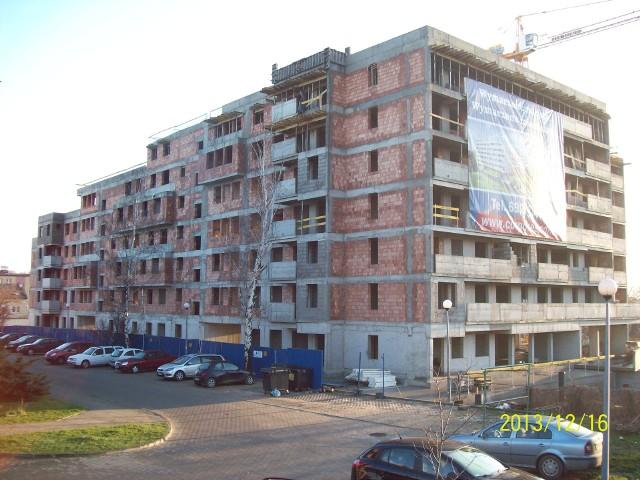Budowa osiedla w KielcachOsiedle powstaje z myślą o mieszkańcach, którzy cenią wygodną i atrakcyjną lokalizację. Za rok wprowadzą się tutaj pierwsi mieszkańcy.